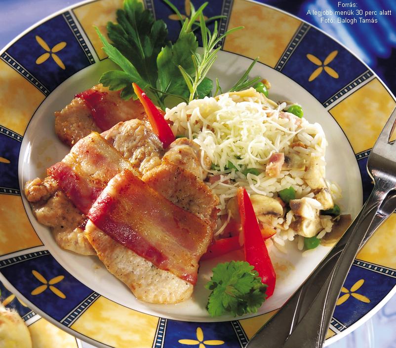 Szalonnás pulykafalatok ínyenc rizzsel