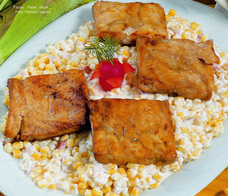 Tejfölös, kukoricás tengeri hal