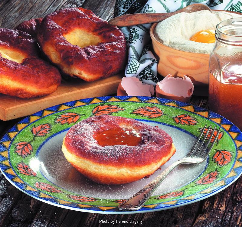 Ribboned Doughnuts  -  (Farsangi fánk)