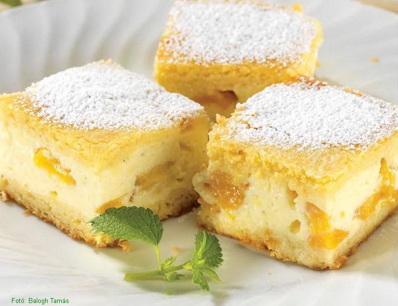 Őszibarackos tejfölös sütemény
