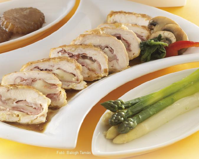 Töltött csirkemell vajas spárgával és szójás retekkel - készítette Nemeskövi Dénes mesterszakács