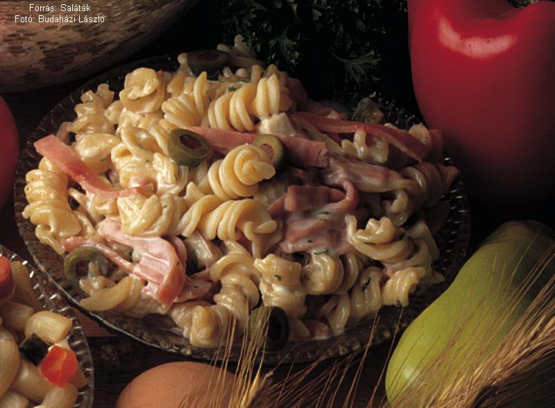 Fusilli Salad with Ham - (Sonkás orsósaláta)