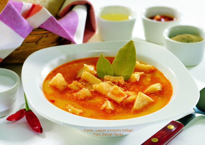 Bulgarian Tripe Soup (Skembe Csorba) - (Bulgár pacalleves)