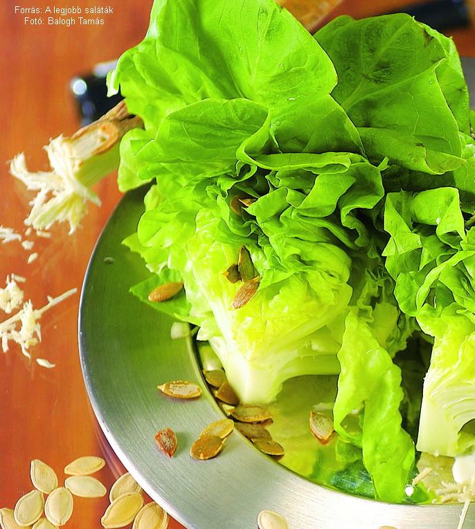 Fejes saláta tökmaggal