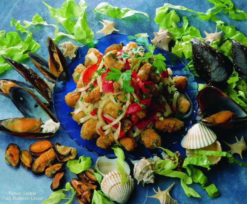 Marináltkagyló-saláta
