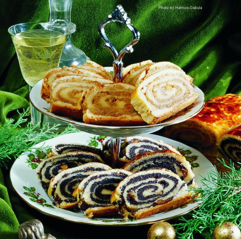 Gâteau roulé fourré  -  (Bejgli)