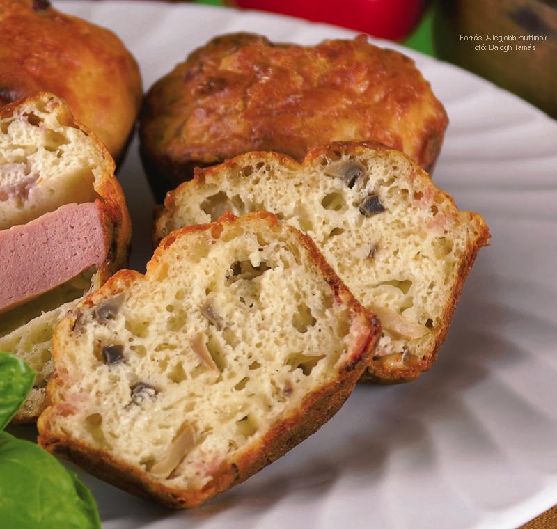 Sajtos, gombás, szalonnás muffin