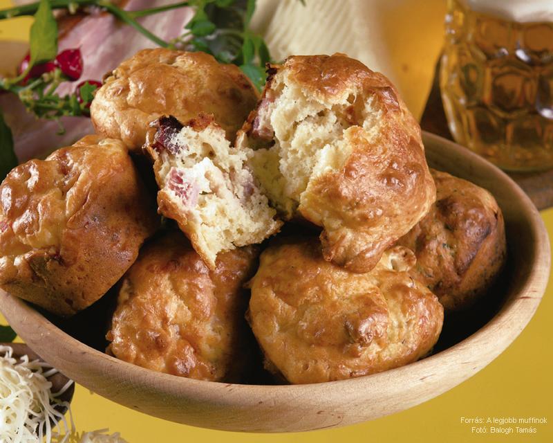 Szalonnás, duplán sajtos muffin