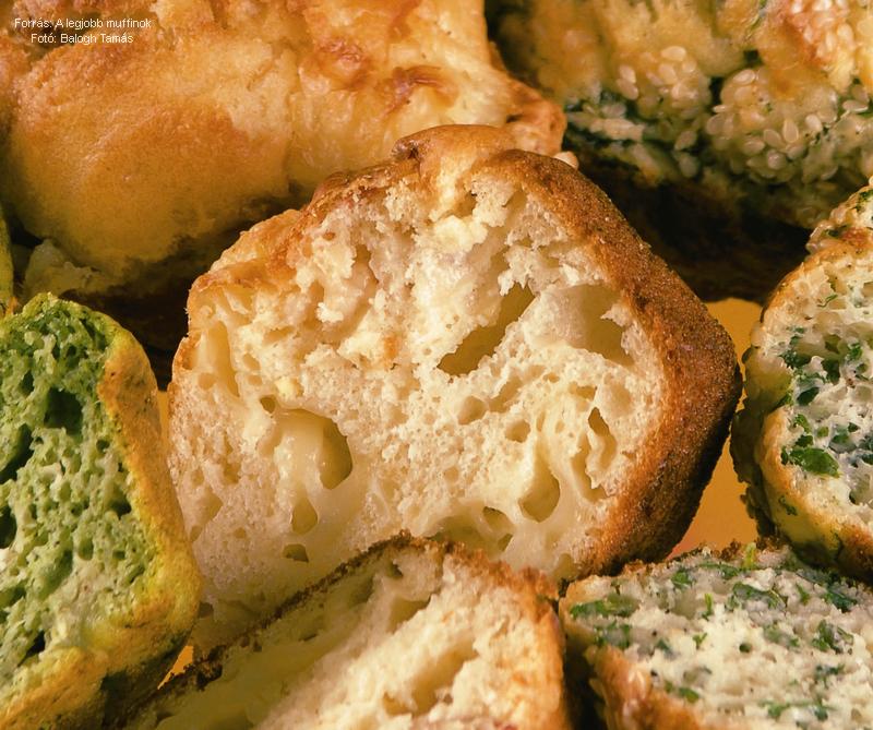 Szalonnás, sajtos, csilipaprikás muffin