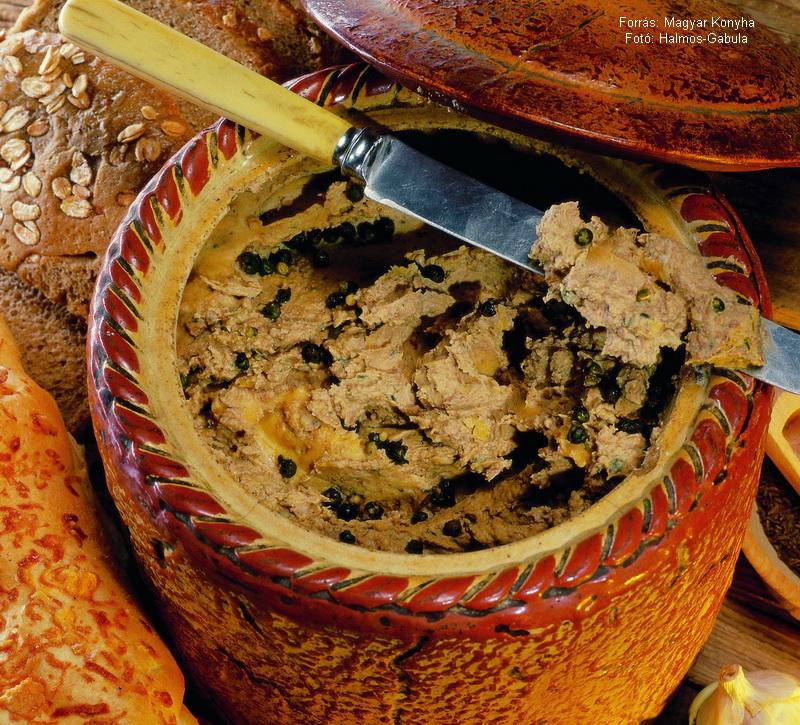 Zöldborsos csirkemájpástétom  -  készítette Halmos Mónika