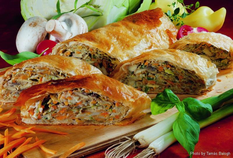 Strudel aux légumes  -  (Zöldséges rétes)