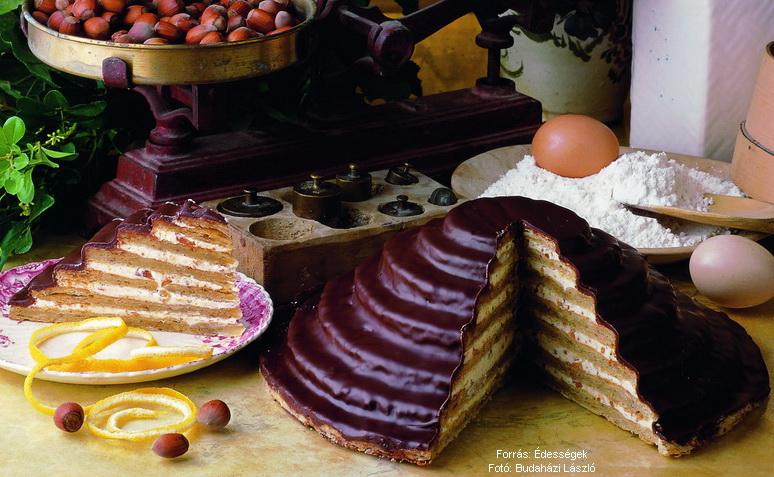 Lépcsős mogyorókrémes torta  -  készítette Czermann János mesterszakács