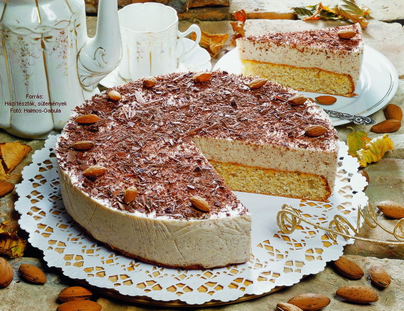 Mandulahabos torta