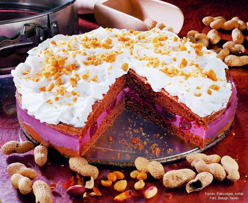 Mogyorós, meggyes torta