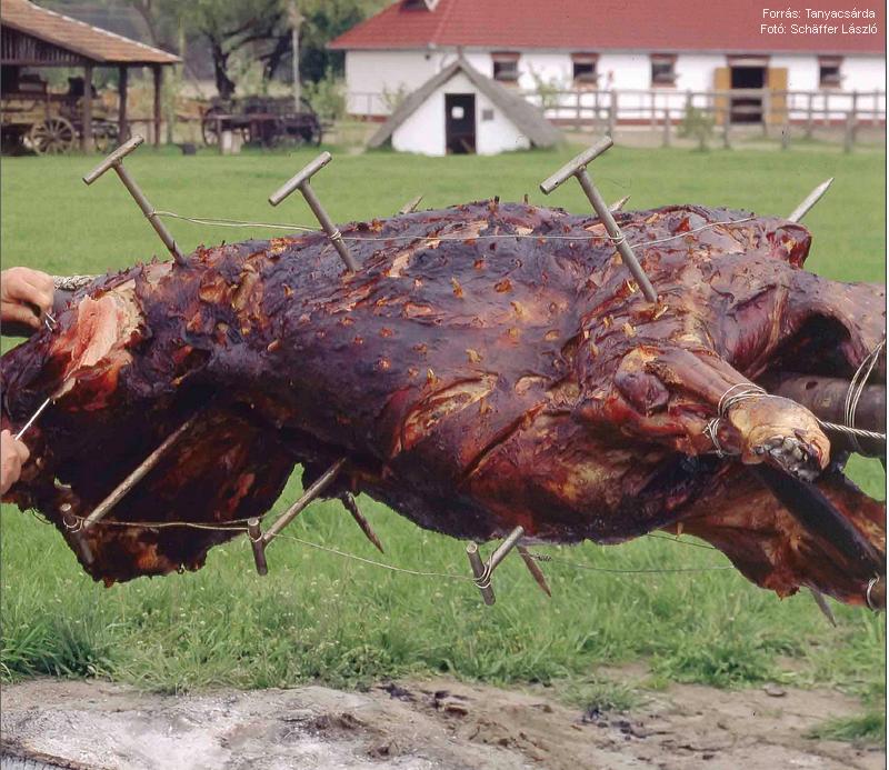 Ökör egészben sütve  -  készítette Garaczi János mesterszakács