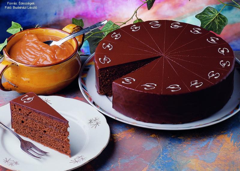 Sacher-torta  -  készítette Czermann János mestercukrász