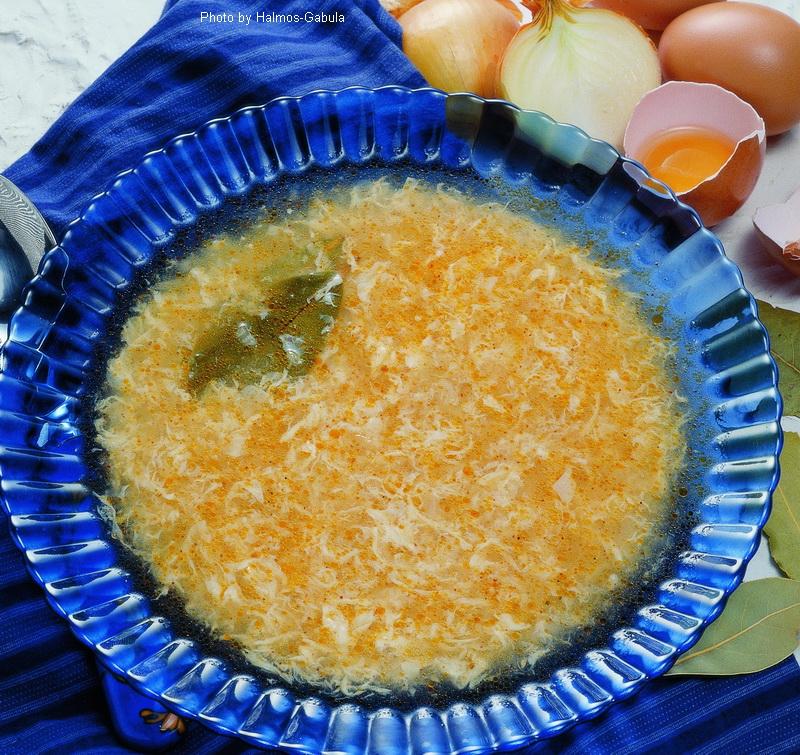 Soupe aux œufs aigre  -  (Savanyú tojásleves)
