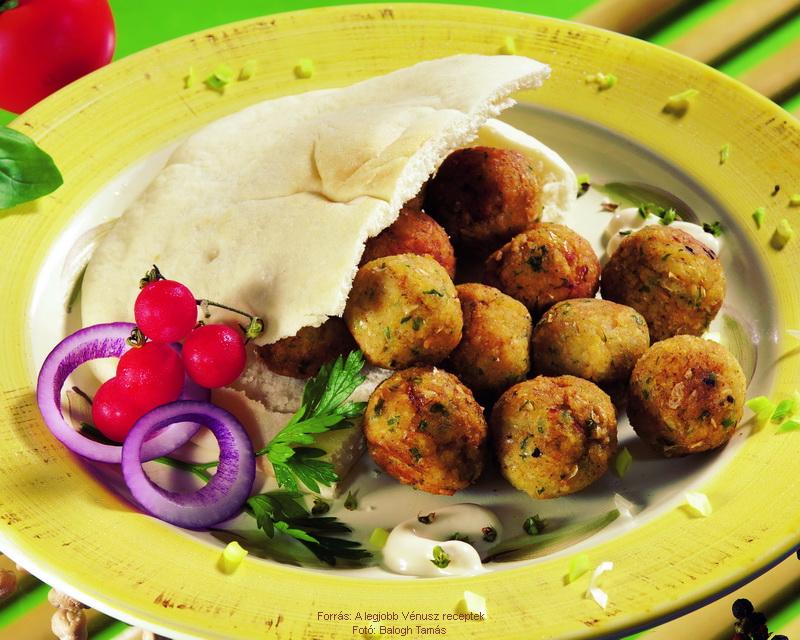 Csicseriborsó- fasírt (falafel)