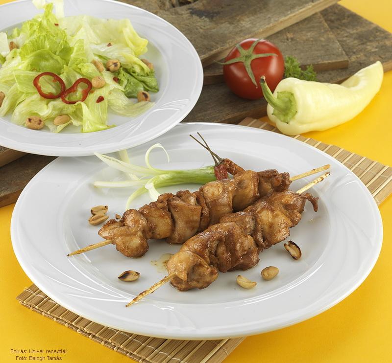 Csirkenyárs ázsiai stílusban