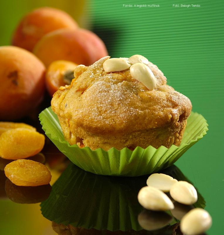 Sárgabarackos, mandulás muffin