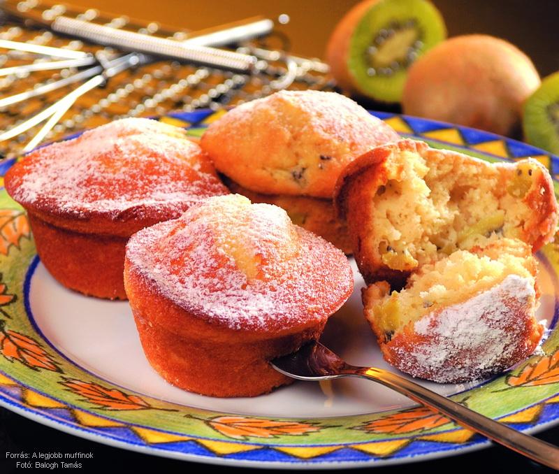 Tejfölös, túrós muffin
