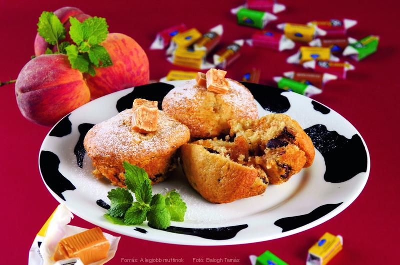 Karamellával töltött barackos muffin