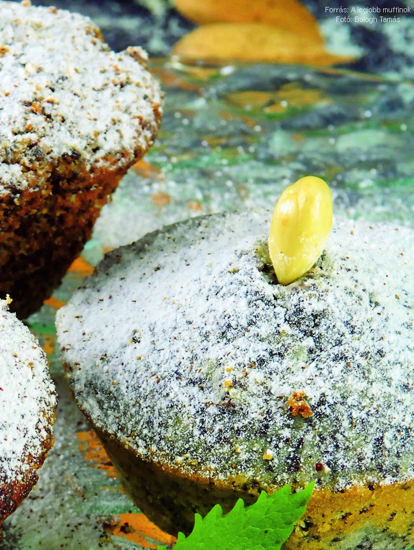 Mákos, mandulás muffin