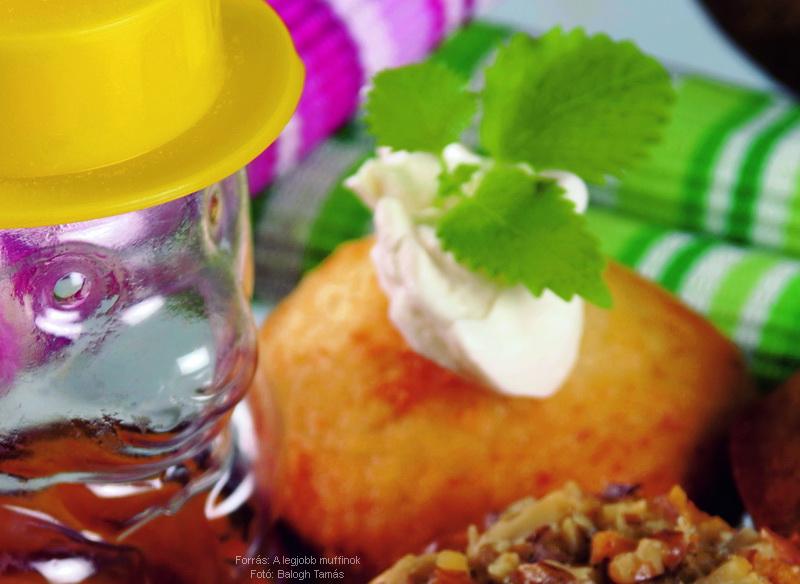 Mézes, túrós muffin