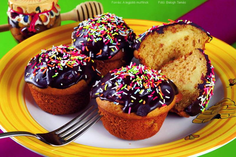 Mézes, vaníliapudinggal töltött muffin