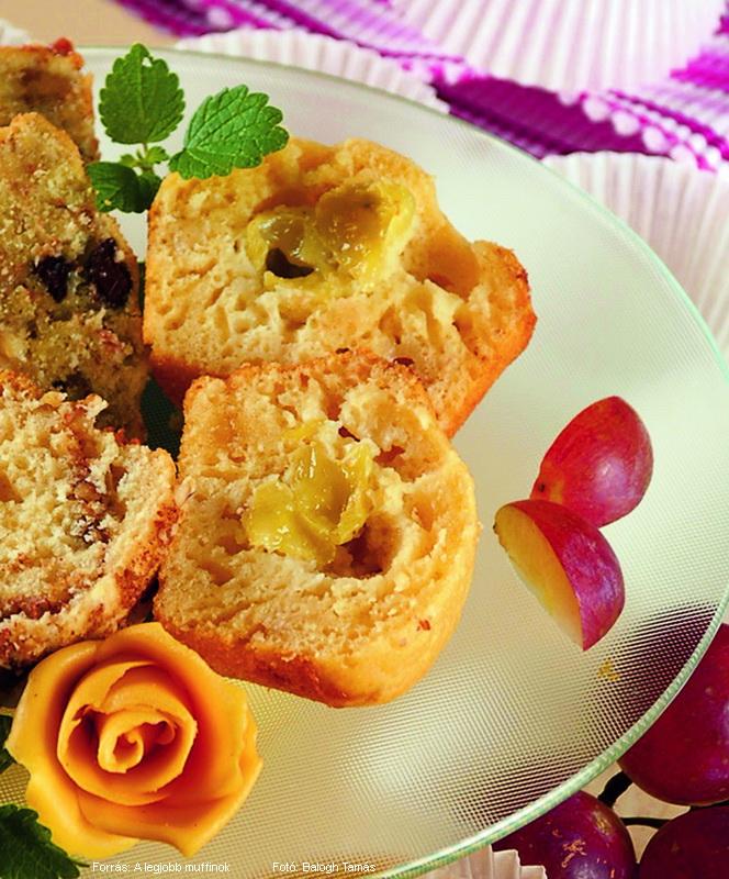 Marcipános, szőlős muffin
