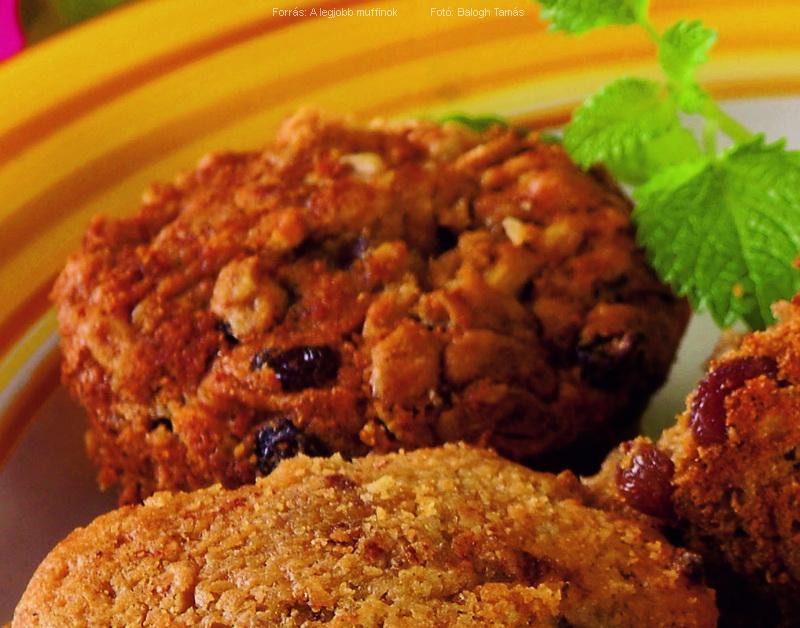 Mazsolás, almapürés, zabpelyhes muffin