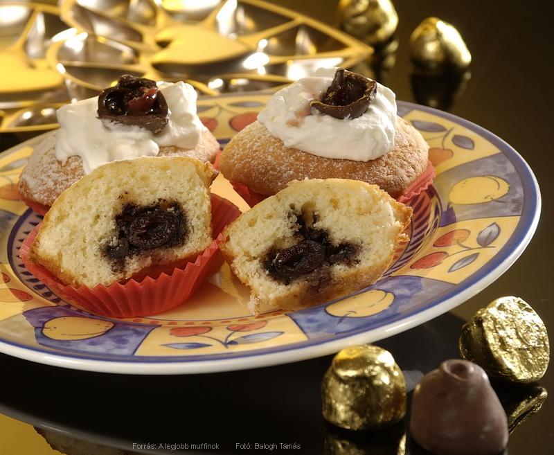 Konyakmeggyes muffin