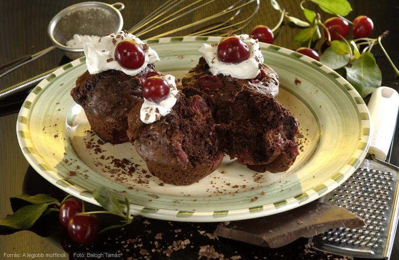 Meggyes, csokoládés muffin