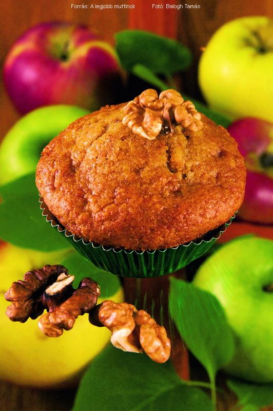 Almás, diós muffin