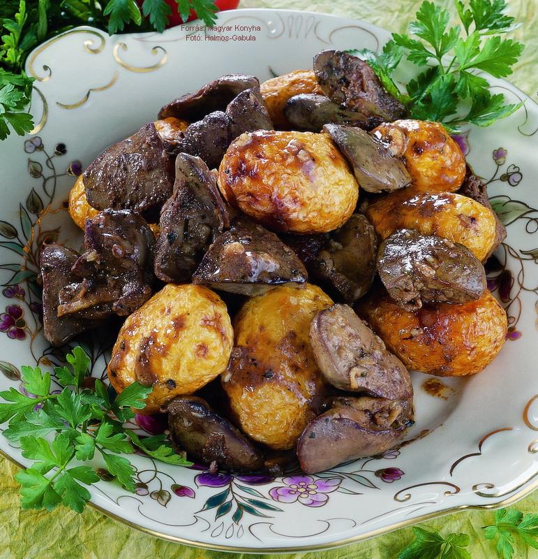 Brassói pulykamáj sült újburgonyával