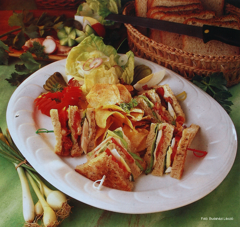 Texas Club Sandwich - (Texasi klubszendvics)