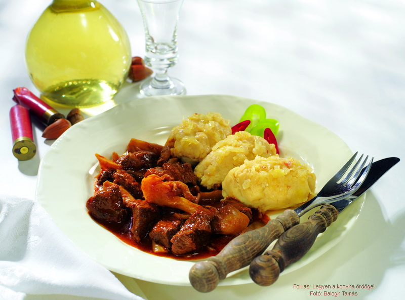 Game Stew (Pörkölt) in Mushroom and Wine Sauce with Potato Dumplings (Dödölle) - (Vörösboros, gombás vadpörkölt dödöllével)