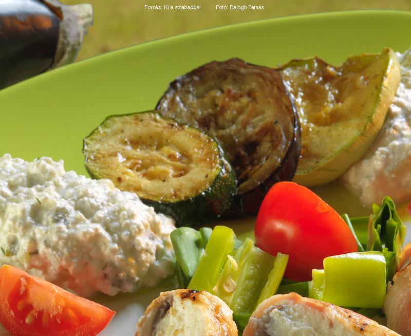 Sült zöldségek fűszeres túróval