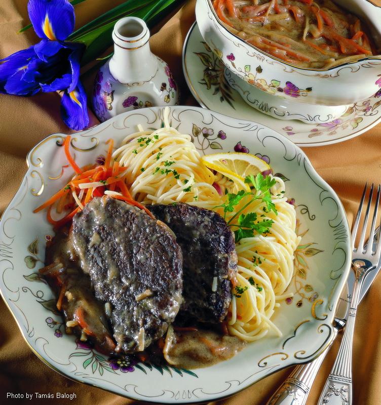 Brasato di carne alla Esterházy - (Eszterházy rostélyos)
