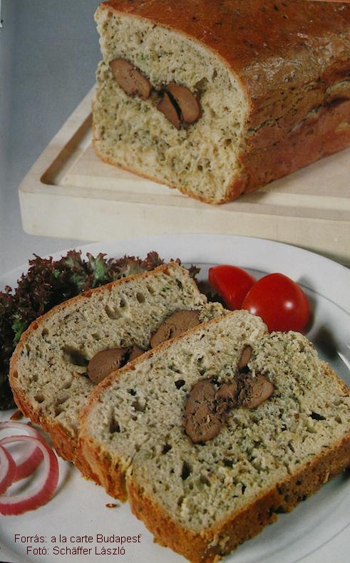 Fokhagymás kenyérben sült csirkemáj