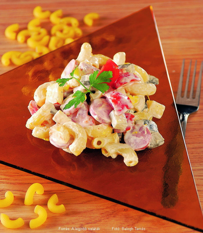 Elbow Macaroni Salad with Eggs and Tomatoes - (Tojásos, paradicsomos szarvacskasaláta)