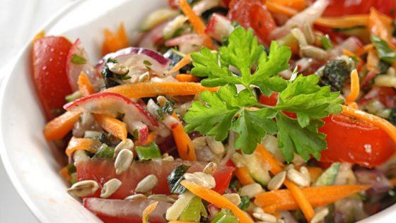 Kora nyári frissítő saláta