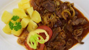 Pirított sertésmáj vagy csirkemáj (resztelt máj) sós burgonyával – készült az OnLive© főzőiskolában