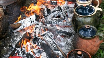 Sokác bab (köcsögös bab, csupros bab, fazekas bab) – Mohács környéki specialitás