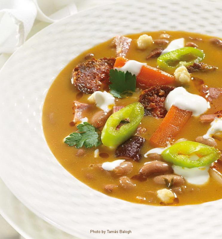 Soupe aux haricots à la Jókai - (Jókai bableves)